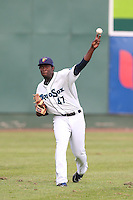 Leoncio Munoz #47 of the Everett AquaSox during a game against the Boise Hawks at Everett Memorial Stadium on July 22, 2014 in Everett, Washington. Everett defeated Boise, 6-0. (Larry Goren/Four Seam Images)