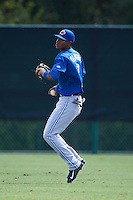 Toronto Blue Jays Edward Olivares (3) during practice before an instructional league game against the Atlanta Braves on September 30, 2015 at the ESPN Wide World of Sports Complex in Orlando, Florida.  (Mike Janes/Four Seam Images)