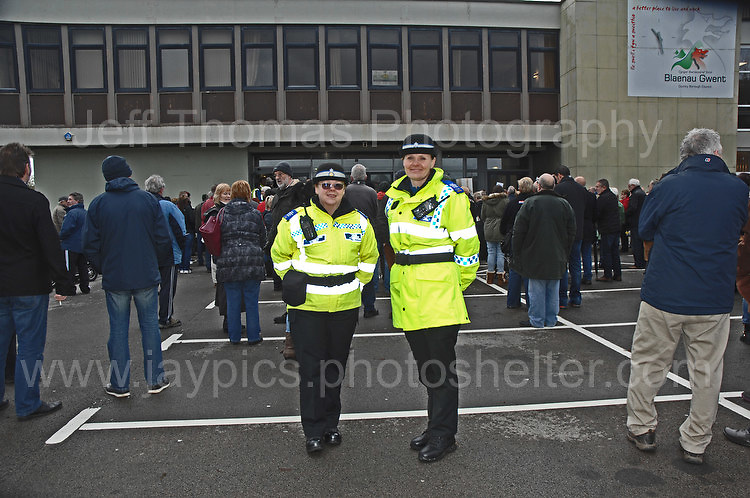 Residents at the Civic Centre in Ebbw Vale in protest of the Borough of Blaenau Gwent's new Trolibocs recycling system. WPC's on duty at the protest rally. <br /> <br /> <br /> Jeff Thomas Photography -  www.jaypics.photoshelter.com - <br /> e-mail swansea1001@hotmail.co.uk -<br /> Mob: 07837 386244 -