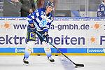 Brandon Mashinter (Nr.53 - ERC Ingolstadt) während dem WarmUp beim Spiel in der DEL, Adler Mannheim (blau) - ERC Ingolstadt (weiss).<br /> <br /> Foto © PIX-Sportfotos *** Foto ist honorarpflichtig! *** Auf Anfrage in hoeherer Qualitaet/Aufloesung. Belegexemplar erbeten. Veroeffentlichung ausschliesslich fuer journalistisch-publizistische Zwecke. For editorial use only.