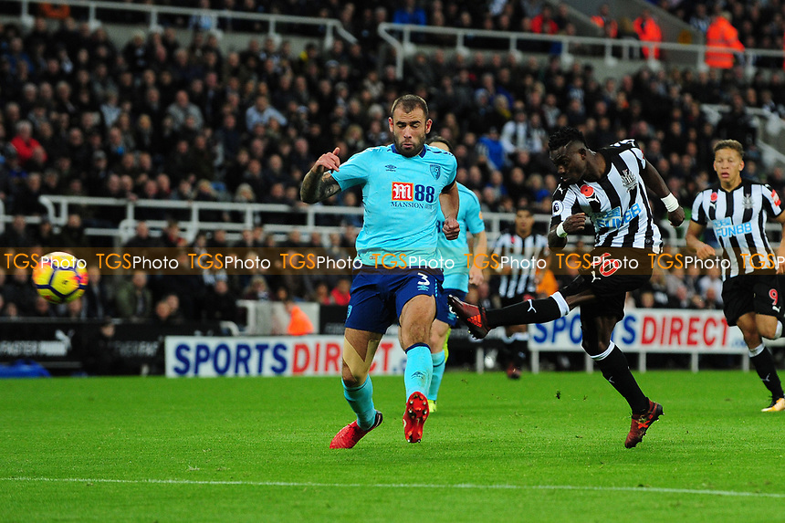 Christian Atsu of Newcastle United shoots during Newcastle United vs AFC Bournemouth, Premier League Football at St. James' Park on 4th November 2017
