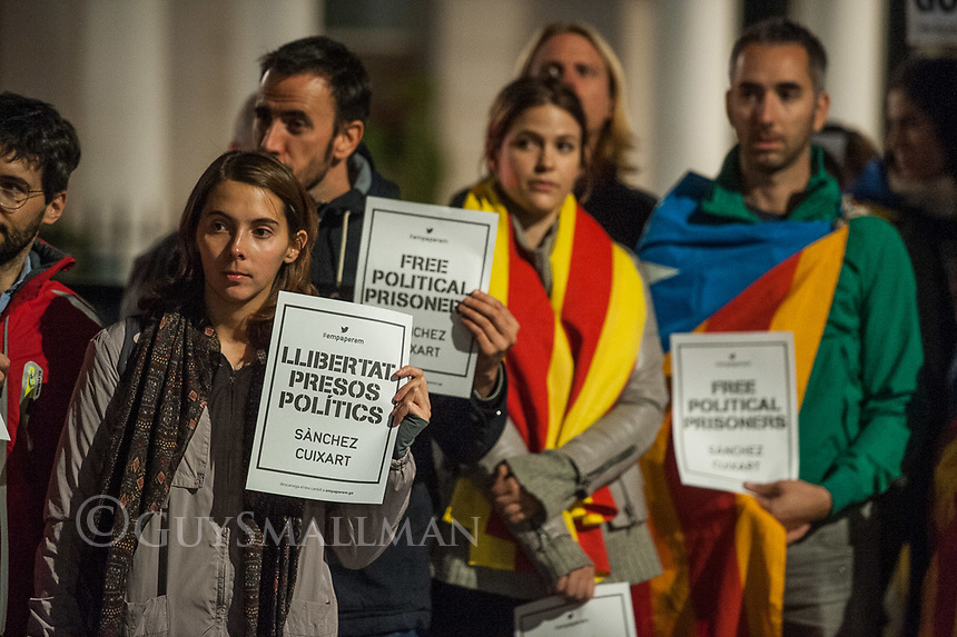 Catalan people protest outside the Spanish Embassy in London over the arrests and jailing of Jordi Cuixart, leader of Omnium Cultural and Jordi Sanchez of the Catalan National Assembly. Both are charged with sedition and are leaders in the Catalan independence movement. 17-10-17