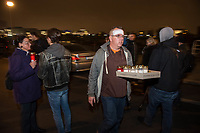 Naziaufmarsch der Neonaziorganisation &quot;Wir fuer Deutschland&quot; am Abend des 9. November 2018, dem 80. Jahrestag der Reichspogromnacht, unter dem Motto &quot;Trauermarsch fuer die Opfer von Politik&quot;. An dem Aufmarsch beteiligten sich 70-80 Rechte, Neonazis und Hooligans, mehrere tausend Menschen protestierten dagegen.<br /> Im Bild: Der Neonazi und Anmelder des Aufmarsch, Enrico Stubbe (&quot;Wir fuer Deutschland&quot;).<br /> 9.11.2018, Berlin<br /> Copyright: Christian-Ditsch.de<br /> [Inhaltsveraendernde Manipulation des Fotos nur nach ausdruecklicher Genehmigung des Fotografen. Vereinbarungen ueber Abtretung von Persoenlichkeitsrechten/Model Release der abgebildeten Person/Personen liegen nicht vor. NO MODEL RELEASE! Nur fuer Redaktionelle Zwecke. Don't publish without copyright Christian-Ditsch.de, Veroeffentlichung nur mit Fotografennennung, sowie gegen Honorar, MwSt. und Beleg. Konto: I N G - D i B a, IBAN DE58500105175400192269, BIC INGDDEFFXXX, Kontakt: post@christian-ditsch.de<br /> Bei der Bearbeitung der Dateiinformationen darf die Urheberkennzeichnung in den EXIF- und  IPTC-Daten nicht entfernt werden, diese sind in digitalen Medien nach &sect;95c UrhG rechtlich geschuetzt. Der Urhebervermerk wird gemaess &sect;13 UrhG verlangt.]
