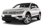 Stock pictures of low aggressive front three quarter view of 2017 Volkswagen Tiguan Comfortline 5 Door Suv Low Aggressive