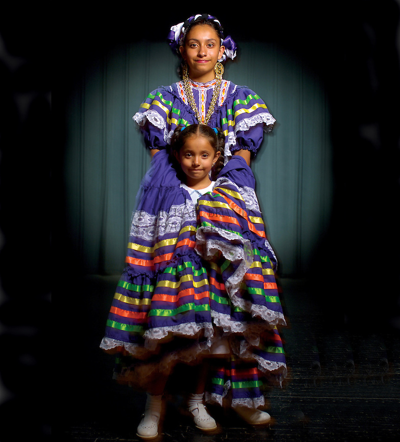 Folklorico dancers. © Michael Brands.