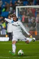 Sergio Ramos warming up