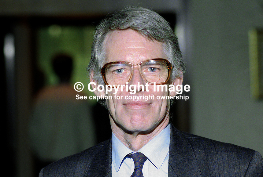 Peter Smith, general secretary, Assistant Masters and Mistresses Association, UK, 19920905PS.<br />
