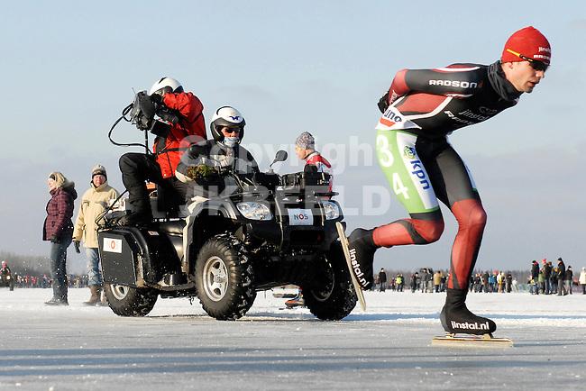 EMMEN - Schaatsen, NK Marathon natuurijs, Grote Rietplas Parc Sandur, 08-02-2012 Jan van Loon