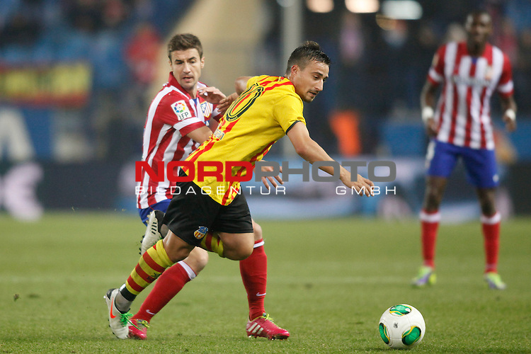 Atletico de Madrid¬¥s Gabi (L) and Saint Andreu¬¥s  during Copa del Rey 2013-14 match at Vicente Calderon Stadium in Madrid, Spain. Foto © nordphoto / Victor Blanco) *** Local Caption ***