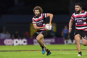Orbyn Leger makes a run early in the game. Mitre 10 Cup game between Counties Manukau Steelers and Tasman Mako's, played at ECOLight Stadium Pukekohe on Saturday October 14th 2017. Counties Manukau won the game 52 - 30 after trailing 22 - 19 at halftime. <br /> Photo by Richard Spranger.