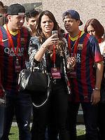 BARCELONA, ESPANHA, 03/06/2013 - APRESENTAÇÃO NEYMAR - A atriz Bruna Marquezine namorada do novo jogador do Barcelona,Neymar durante apresentação oficialmente para a torcida no estádio Camp Nou, em Barcelona, Espanha. Ele assinou contrato com o clube catalão por cinco anos. Neymar retorna ainda hoje, 3, ao Brasil.  FOTO: ACERO / ALFAQUI / BRAZIL PHOTO PRESS)