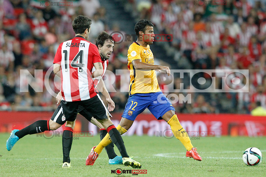 Athletic de Bilbao's Markel Susaeta (l) and Benat Etxebarria (c) and FC Barcelona's Rafinha during Supercup of Spain 1st match.August 14,2015. (ALTERPHOTOS/Acero)