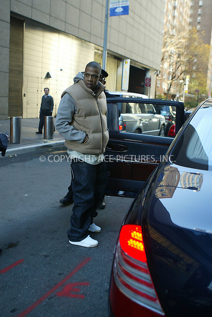 WWW.ACEPIXS.COM . . . . .  ....**EXCLUSIVE - FEE MUST BE AGREED BEFORE USE**....November 18 2005, New York City......Hip Hop Mogul Jaz Z leaves the Manderin Oriental Hotel and gets into his waiting Maybach.....Please byline: JENNIFER L GONZELES-ACE PICTURES.... *** ***..Ace Pictures, Inc:  ..Philip Vaughan (212) 243-8787 or (646) 769 0430..e-mail: info@acepixs.com..web: http://www.acepixs.com