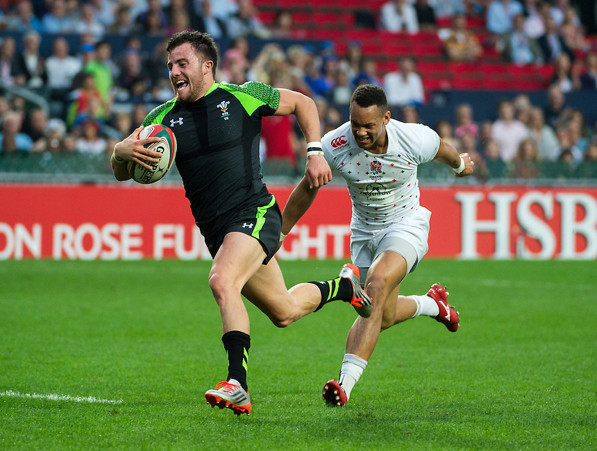 Luke Martin of Wales outruns England to score.Wales Rugby Union 7's team play England.27.03.15. 27th March 2015.