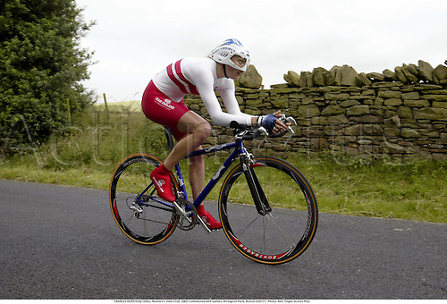 FRANCES NEWSTEAD (ENG), Women's Time Trial, 2002 Commonwealth Games, Rivington Park, Bolton 020727. Photo: Neil Tingle/Action Plus...woman.Manchester cycling cyclist