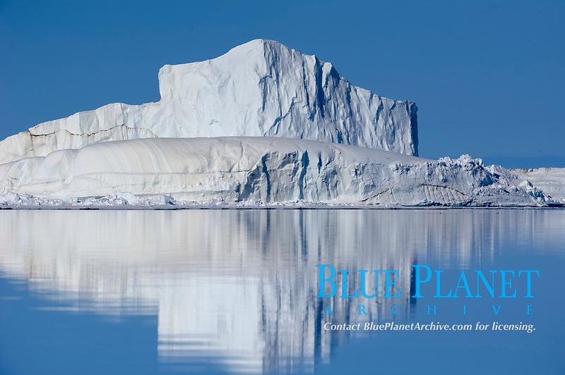 iceberg, or ice mountain, Nunavut, Canada, Arctic Ocean