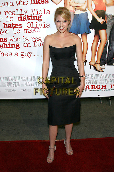 "LAURA RAMSEY.""She's The Man Premiere"" - Arrivals held at Mann Village Theater, Hollywood, California, USA.March 8th, 2006.Photo: Zach Lipp/AdMedia/Capital Pictures.Ref: ZL/ADM.full length black strapless dress clutch purse.www.capitalpictures.com.sales@capitalpictures.com.© Capital Pictures."