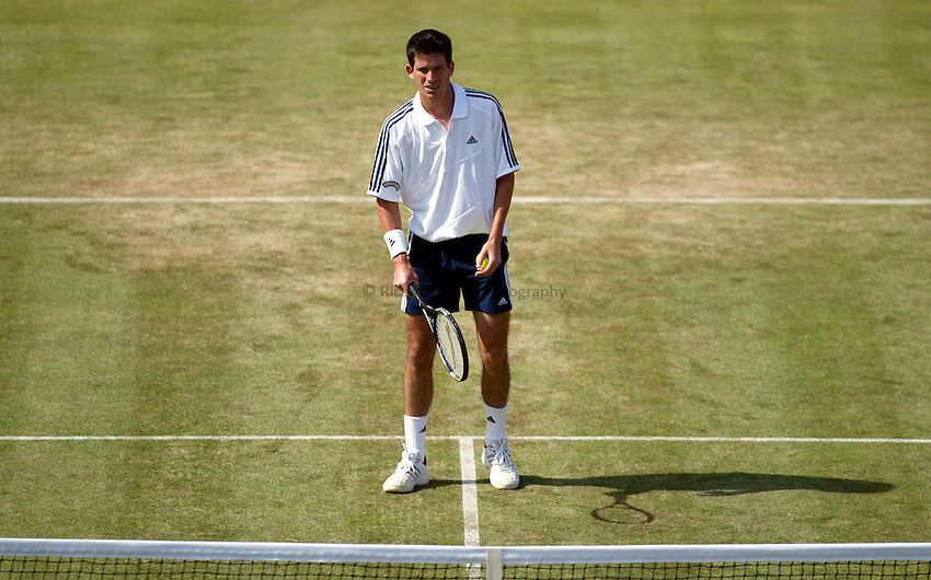 Photograph: Scott Heavey..Day 5 of the Stella Artois Championship at the Queens Club. 13/06/2003..Tim Henman