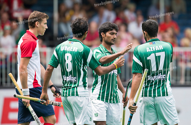 28/06/2015<br /> HWL Semi Final Antwerp Belgium 2015<br /> Pakistan v France Men<br /> Muhammad Dilber goals for Pakistan<br /> Photo: Grant Treeby