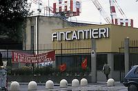 - l'ingresso dei cantieri navali Fincantieri a Sestri Ponente (Genova)....- the gates of Fincantieri shipyards in Sestri Ponente (Genoa)