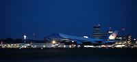 """Berlin, Das Flugzeug des US-amerikanischen Praesidenten Barack Obama, die """"Airforce One"""", startet am Mittwoch (19.06.13) auf dem Flughafen Tegel in Berlin nach dem Staatsbesuch in Deutschland. Foto: Georg Hilgemann/CommonLens"""