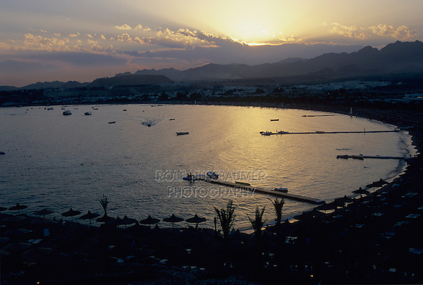 Bay at sunset, Sharm El Sheik, Red Sea, Egypt, Oktober 1997