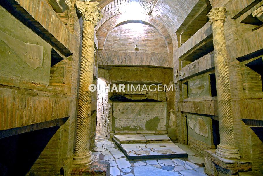 Tumbas de Papas nas Catacumbas de San Callisto na Via Appia Antica. Roma. Itália. 2006.Foto de Luciana Whitaker.