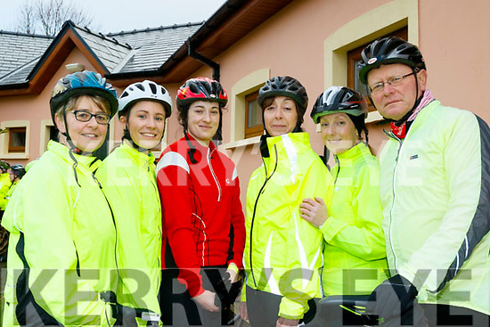 L-R Mary&Michelle Byrne, Martina Hanafin, Deirdre Galvin&Johnny Walsh at the Jim Duffy memorial cycle