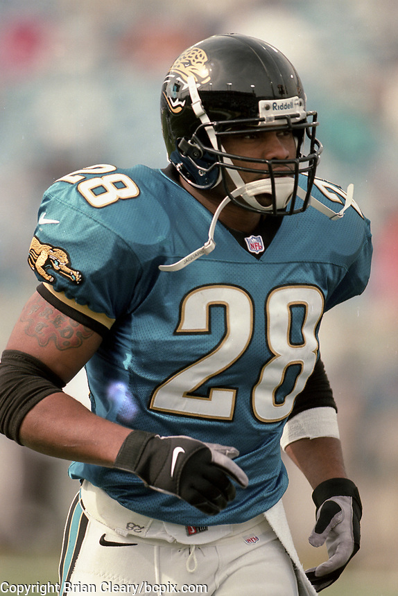 Running back Fred Taylor, #28, NFL AFC Championship game, which the Tennessee Titans won over the Jacksonville Jaguars 33-14 on January 23, 2000 in Jacksonville, FL.  (Photo by Brian Cleary/bcpix.com)