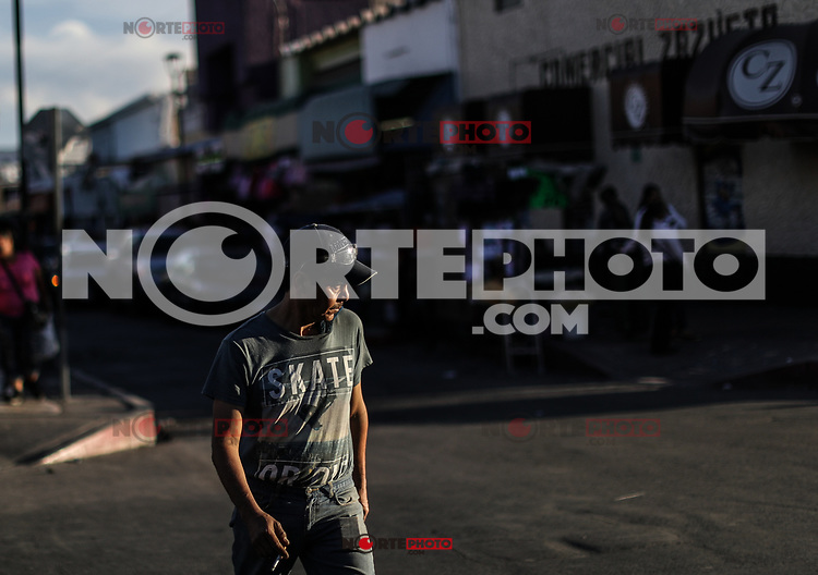 vida cotidiana, fotografia callejera<br /> daily life, Everyday life,  street photography<br /> (Photo:Luis Gutierrez/NortePhoto)