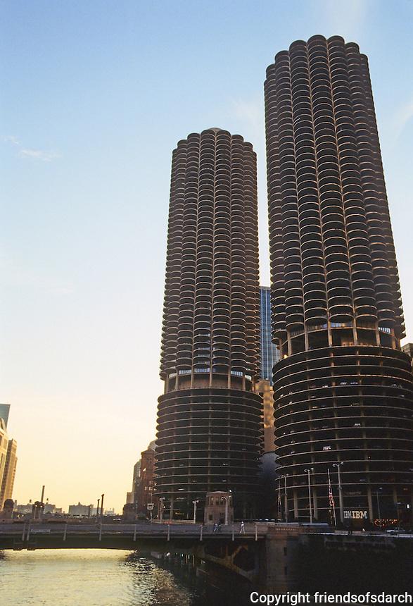 Chicago: Marina Towers at sunset. Bertrand Goldberg, Arch.  Photo '78.