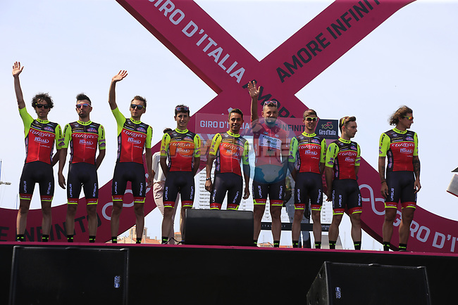 Wilier Triestina-Selle Italia at sign on before Stage 1 of the 100th edition of the Giro d'Italia 2017, running 206km from Alghero to Olbia, Sardinia, Italy. 4th May 2017.<br /> Picture: Eoin Clarke | Cyclefile<br /> <br /> <br /> All photos usage must carry mandatory copyright credit (&copy; Cyclefile | Eoin Clarke)