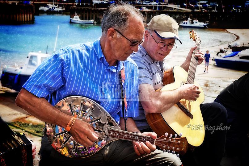 Stonehaven folk festival Aberdeenshire dsider.co.uk online magazine, photo courses