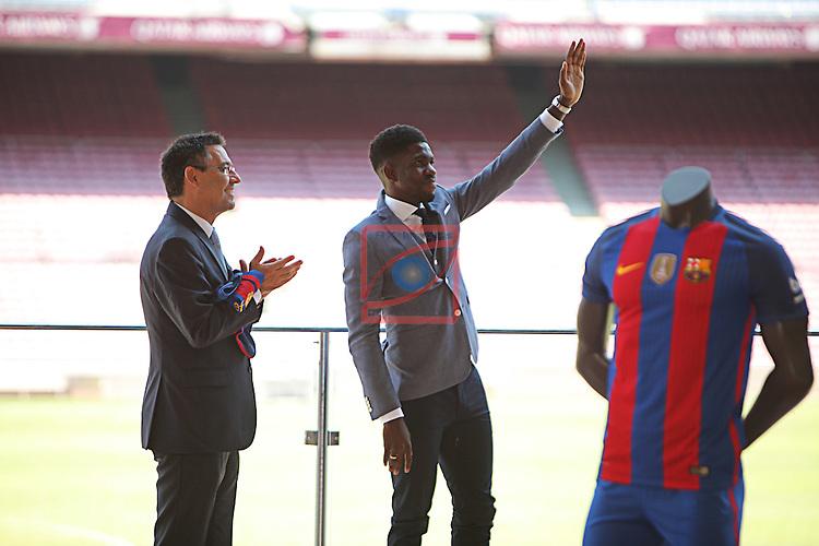 League BBVA 2016/2017.<br /> Samuel Umtiti presented as new player of FC Barcelona.<br /> Josep M. Bartomeu &amp; Samuel Umtiti.