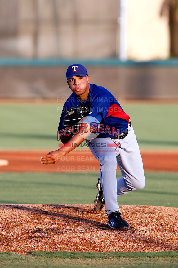 Edwin Escobar ---  AZL Rangers - 2009 Arizona League.Photo by:  Bill Mitchell/Four Seam Images.