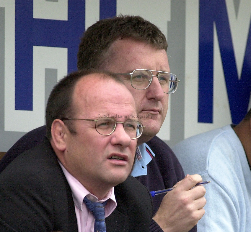 Photo: Greig Cowie.14-09-2002.ZURICH PREMIERSHIP.HARLEQUINS V LEEDS. THE STOOP..Mark Evans and John Kingston