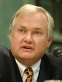 """Donald Fehr, Public Sector Member USOC and Executive Director, Major League Baseball Players Association testifies before the U.S. Senate Commerce, Science, and Transportation Committee on """"Reform of the United States Olympic Committee (USOC) in Washington, DC on June 24, 2003.<br /> Credit: Ron Sachs / CNP"""
