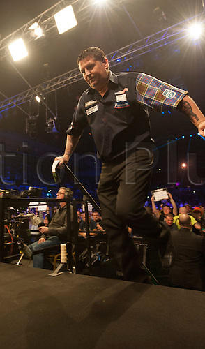 07.04.2016. The Sheffield Arena, Sheffield, England. Betway PDC Premier League Darts. Night 10.  Gary Anderson [SCO] arrives on stage for his match against Phil Taylor [ENG]