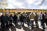 Uppsala 2014-05-01 Fotboll Svenska Cupen IK Sirius - IF Elfsborg :  <br /> Publik k&ouml;ar utanf&ouml;r entr&eacute;n till Studenternas IP innan matchen mellan Sirius och Elfsborg i Svenska Cupen<br /> (Foto: Kenta J&ouml;nsson) Nyckelord:  Svenska Cupen Cup Semifinal Semi Sirius IKS Elfsborg IFE supporter fans publik supporters utomhus exteri&ouml;r exterior