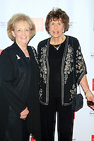 LOS ANGELES - JUN 7: Lynda Oschin, Betty Anderson at the Actors Fund's 19th Annual Tony Awards Viewing Party at the Skirball Cultural Center on June 7, 2015 in Los Angeles, CA
