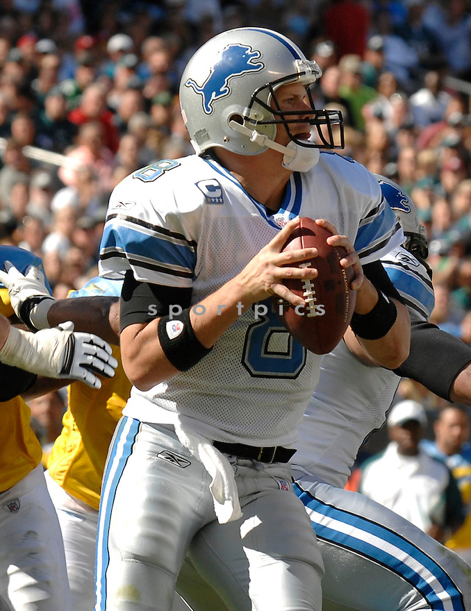 JON KITNA, of the Detroit Lions, in action during the LIons games against the Philadelphia Eagles, in Philadelphia, PA on September 23, 2007.  The Eagles won the game 56-21...........