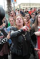 Emessa la sentenza nel processo per la morte di Davide Bifolco ragazzo ucciso da un carabiniere durante un controllo La Madre Flora con  Parenti e Amici manifestano il loro disappunto all'esterno del palazzo di Giustizia di Napoli<br /> nella foto