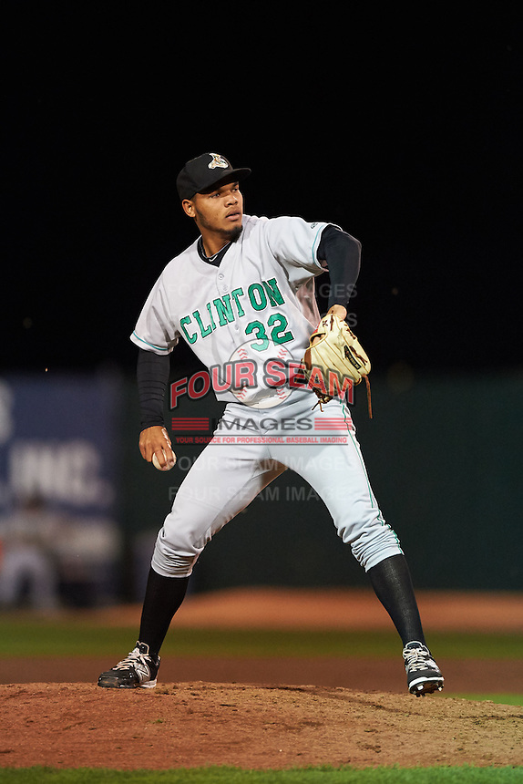 Clinton LumberKings pitcher Jeffeson Medina (32) delivers a pitch during a game against the Burlington Bees on August 20, 2015 at Community Field in Burlington, Iowa.  Burlington defeated Clinton 3-2.  (Mike Janes/Four Seam Images)