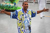 AGUIA DE OURO  - O ex jogador Dijalminha  durante desfileda escola Aguia de Ourio  no primeiro dia do Grupo Especial no Sambódromo do Anhembi na região norte da capital paulista, na madrugada deste sábado, 09.. (FOTO: ALE VIANNA/ BRAZIL PHOTO PRESS).