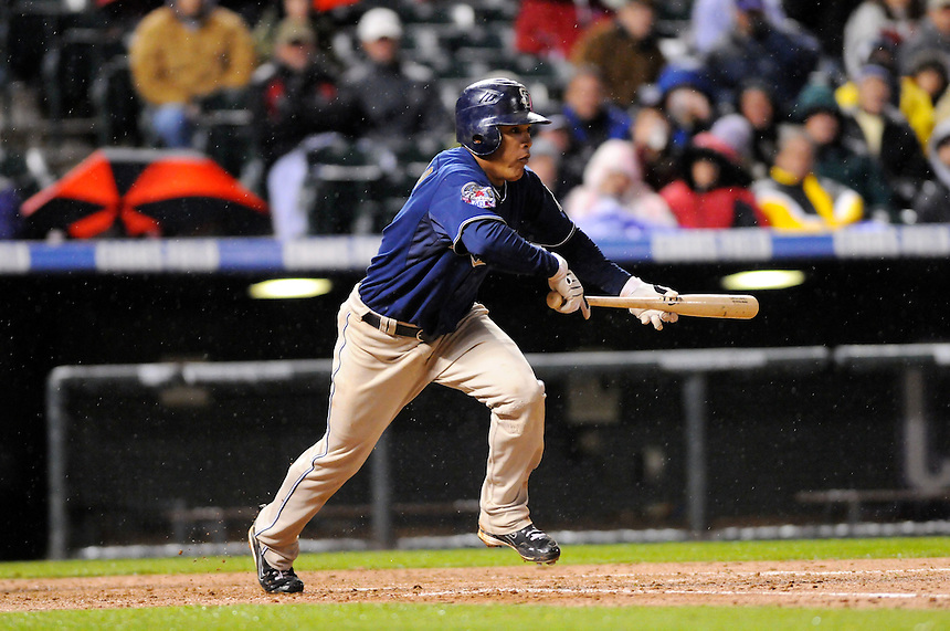 September 22, 2009: Padres shortstop and 2009 Rookie of the Year candidate Everth Cabrera during a regular season game between the San Diego Padres and the Colorado Rockies at Coors Field in Denver, Colorado. The Rockies beat the Padres 11-10. *****For editorial use only*****