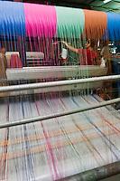 Europe/France/Aquitaine/64/Pyrénées-Atlantiques/Pays-Basque/Saint-Palais: Atelier de Tissage Ona Tiss - Dernier atelier de tissage de linge basque au Pays Basque