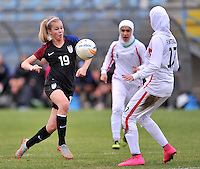 Monfalcone, Italy, April 26, 2016.<br /> USA's #19 Dyke controls the ball during USA v Iran football match at Gradisca Tournament of Nations (women's tournament). Monfalcone's stadium.<br /> © ph Simone Ferraro / Isiphotos