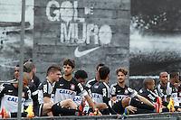 SAO PAULO, SP 24 SETEMBRO 2013 - TREINO CORINTHIANS - O jogador Alexandre Pato durante o treino de hoje, 24, no Ct. Dr. Joaquim Grava.. foto: Paulo Fischer/Brazil Photo Press.