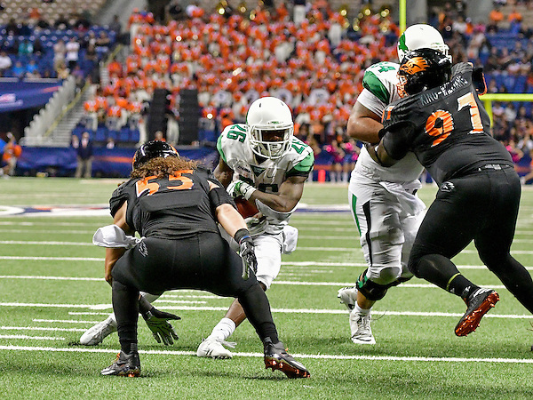 San Antonio, TX - October 29th: North Texas Mean Green Football v University Texas San Antonio Roadrunners at the Alamodome Stadium in San Antonio Tx.  (Photo by Rick Yeatts Photography/ Manny Flores) San Antonio, TX - October 29th: North Texas Mean Green Football v University Texas San Antonio Roadrunners at the Alamodome Stadium in San Antonio Tx.  (Photo by Rick Yeatts Photography/ Manny Flores)