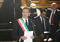 NAPOLI CONFERIMENTO DELLA CITTADINANZA ONORARIA AL PRESIDENTE DELL'AUTORITA PALESTINESE.NELLA FOTO   LUIGI DE  DE MAGISTRIS.FOTO CIRO DE LUCA Palestinian Authority President, Mahmoud Abbas  awarded honorary citizenship by Mayor of Naples, Luigi de Magistris  , during a ceremony in Naples